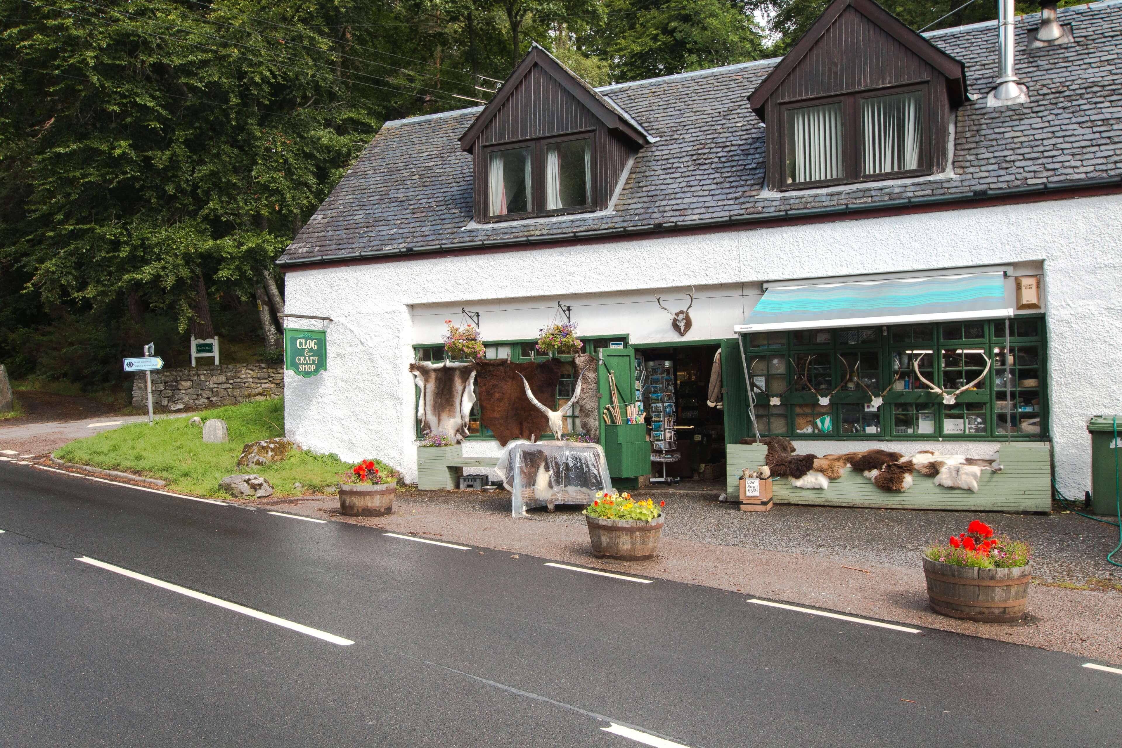 Clog & Craft Shop Invermoriston