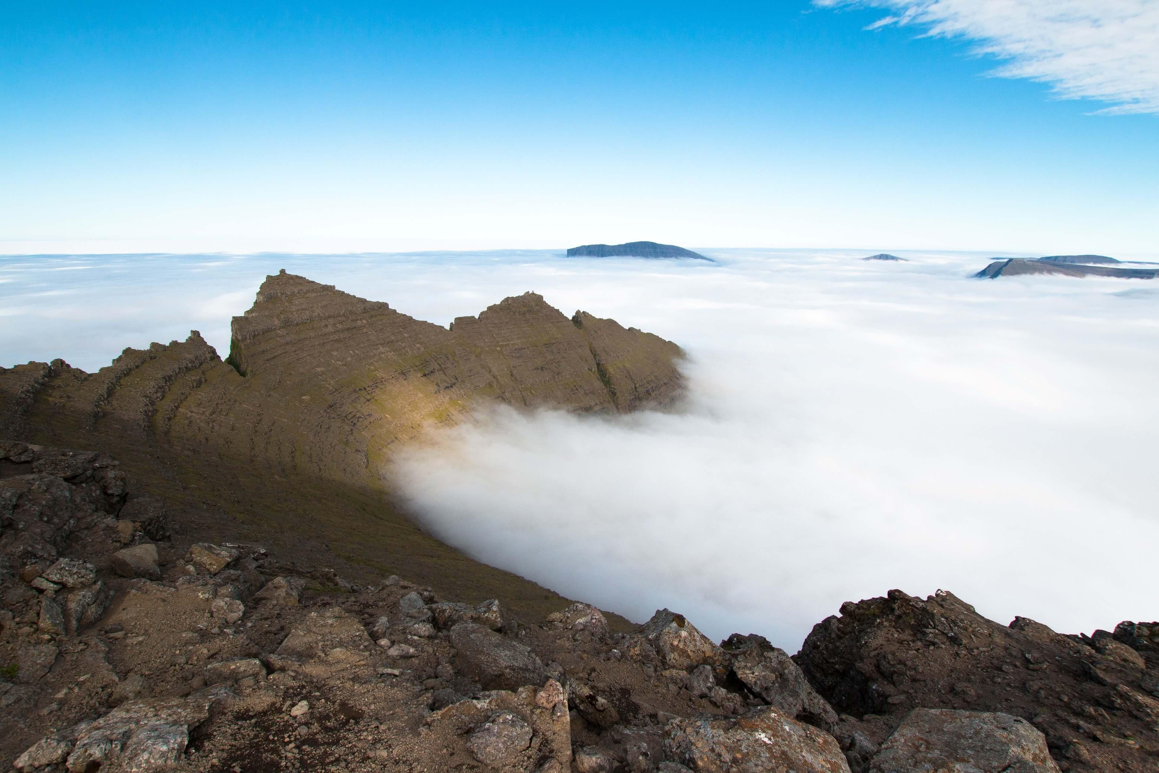Amphitheatre Cloud Inversion